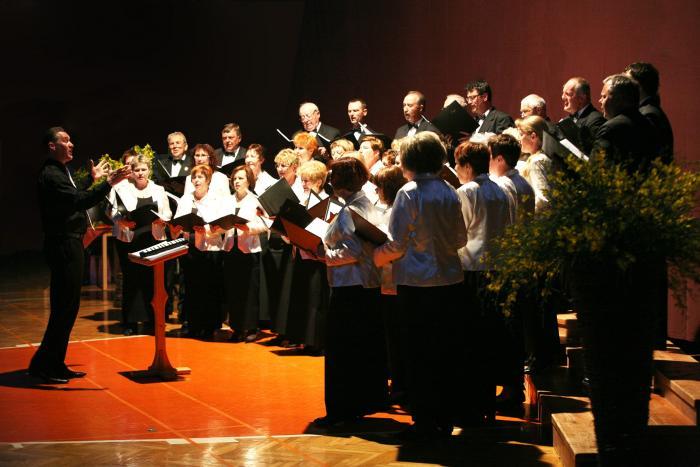 Srečanje pevskih zborov