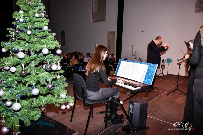 bozicni-koncert---koper-27122015-39_24010799355_o