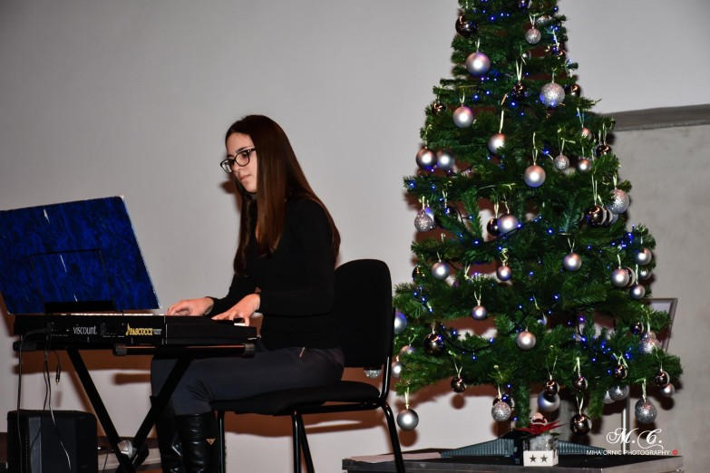 bozicni-koncert---koper-27122015-44_23382560114_o